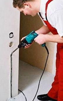 Подготовка подразетника для монтажа терморегулятора и датчика