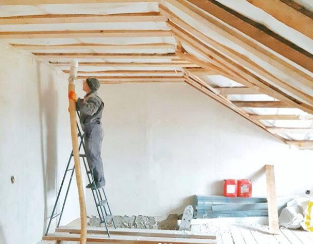 Утепление крыши каркасного дома реально сделать своими руками